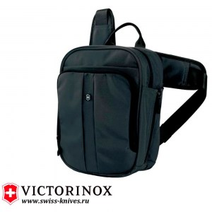 Сумка Victorinox Deluxe Travel Companion чёрная (6л) 31174201